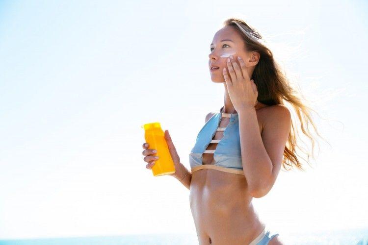 Coral Reef Friendly, Ini 5 Rekomendasi Sunscreen Buat Si Anak Pantai