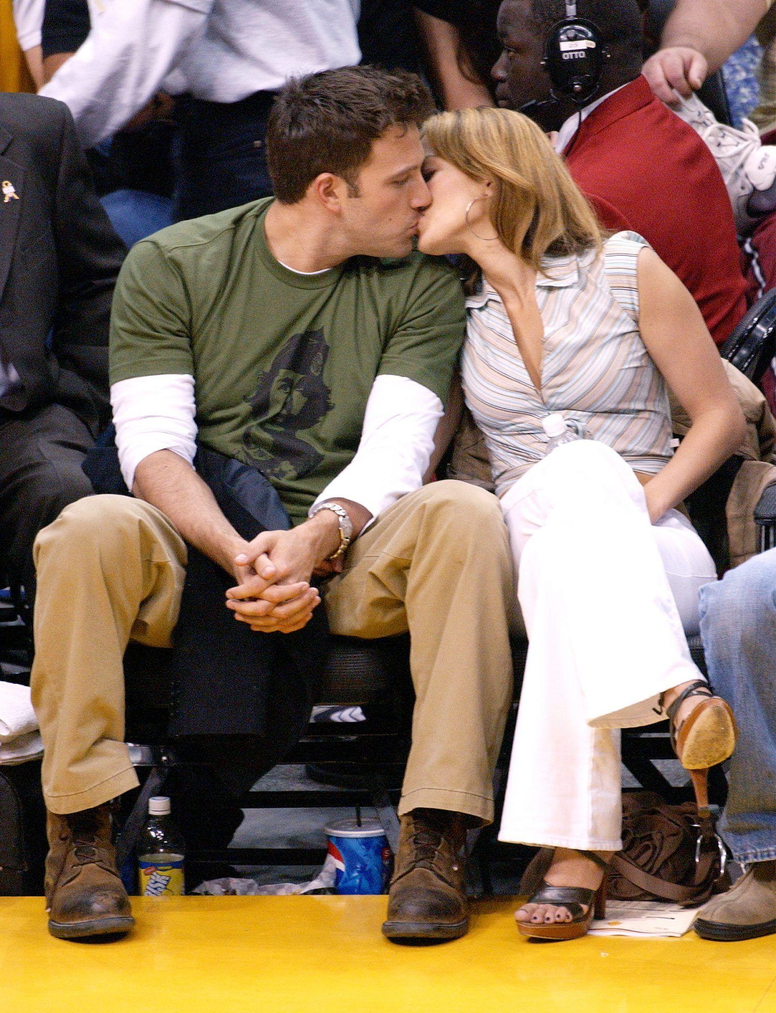 Gaya Mesra Jennifer Lopez & Ben Affleck di Masa Lalu, Ketahuan CLBK!