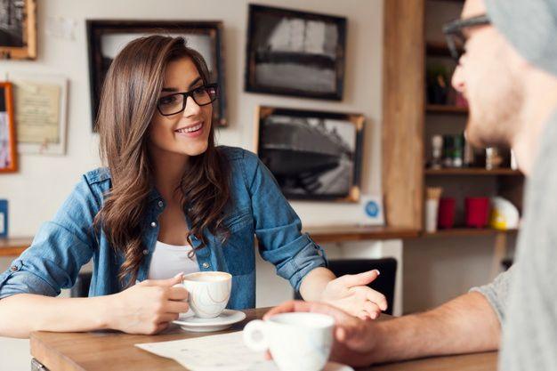 6 Cara Menghadapi Pasangan yang Sedang Stres