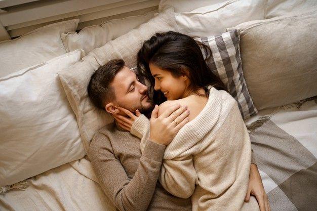 Nggak Cepat Keluar, Ini 7 Cara Agar Suami Tahan Lama di Ranjang
