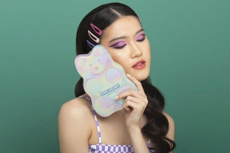 Gemas! Dear Me Beauty Gandeng Yupi Luncurkan Eyeshadow Palette