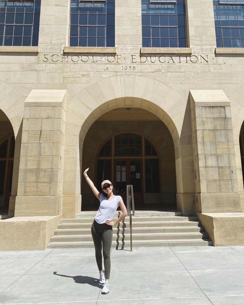 Lulus S2, 10 Potret Kenangan Maudy Ayunda di Stanford hingga Wisuda