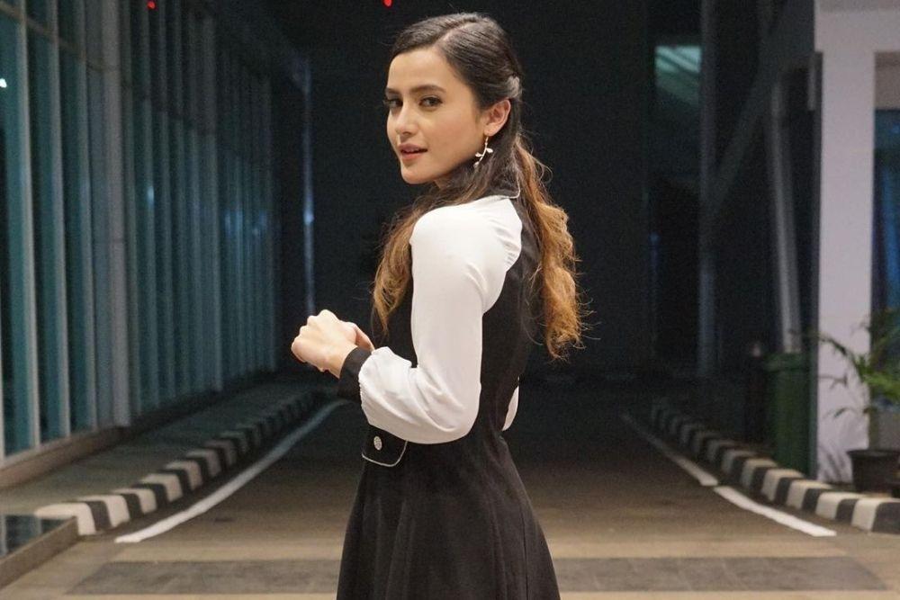 Potret Femila Sinukaban, Jebolan Idol yang Dekat Billy Syahputra