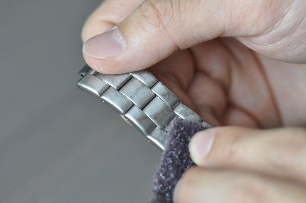 Tips Merawat Jam Tangan Stainless Steel Supaya Awet dan Tahan Lama