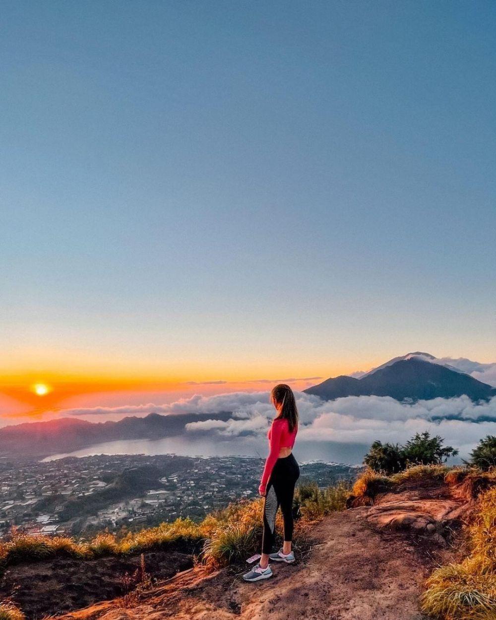 Cocok untuk Pendaki Pemula, Inilah 10 Gunung Pendek di Indonesia