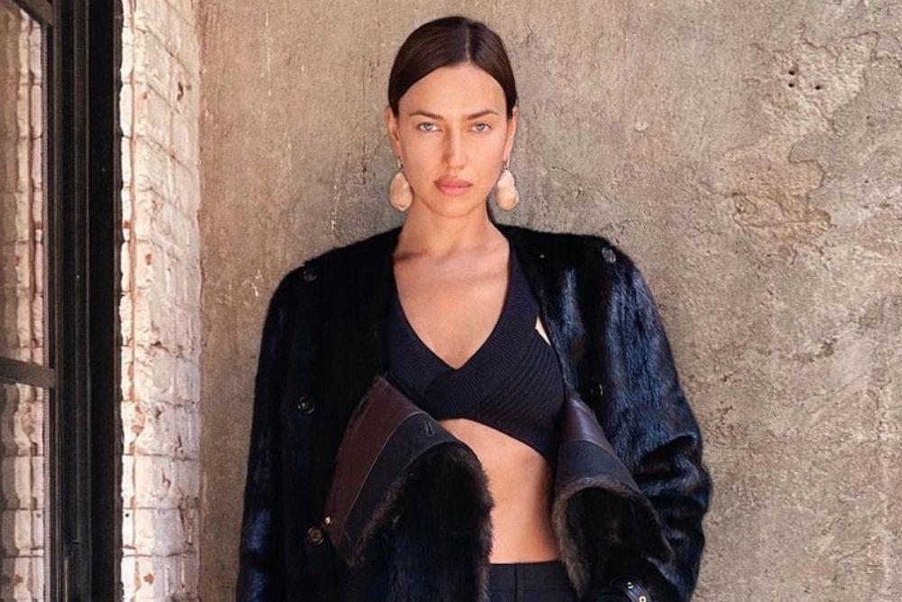 7 Gaya Berani dan Seksi Irina Shayk di Media Sosial