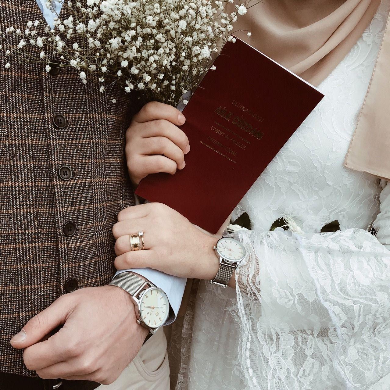 7 Cara Menyikapi Suami yang Kurang Romantis