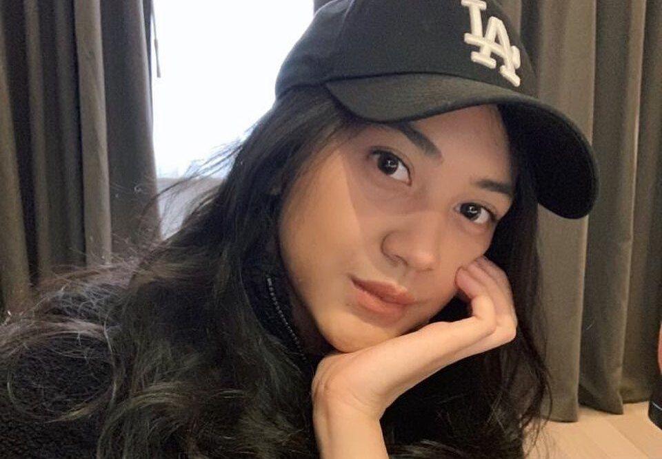 Natural Makeup Look ala Putri Tanjung, Mantan Kekasih Gofar Hilman