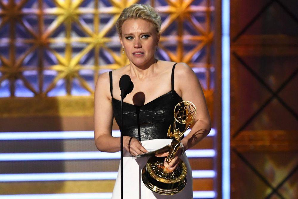 Suka Sesama Jenis, 10 Aktris Hollywood Ini Jalin Kasih dengan Wanita