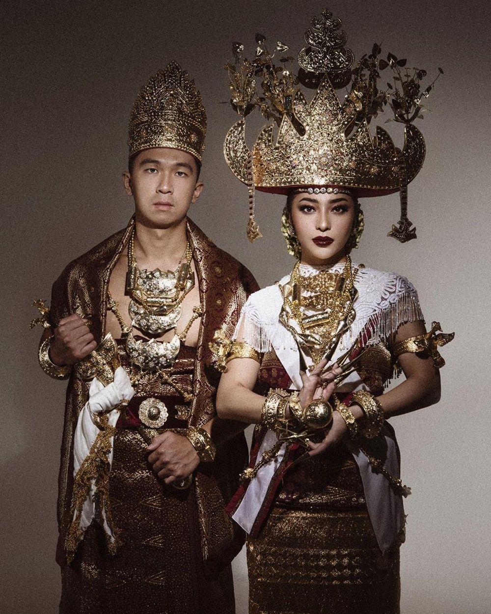 Perlu Diketahui, Ini Perbedaan Berbagai Pakaian Adat di Indonesia