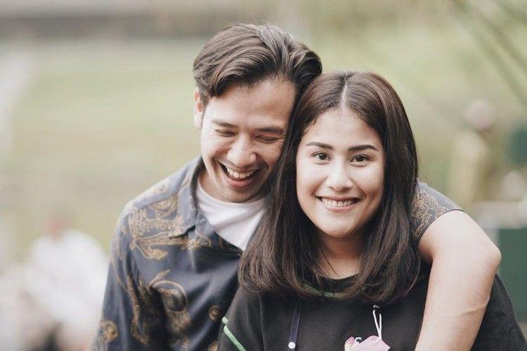 Lagi Disorot, 9 Potret Perjalanan Cinta Tarra Budiman dan Gya Sadiqah