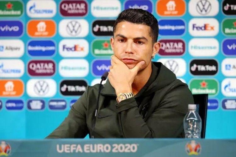 Coca-Cola Rugi Rp57 Miliar Karena Cristiano Ronaldo Geser Botol
