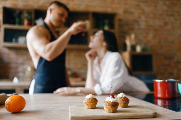 5 Fantasi Seks Suami yang Bisa Kamu Wujudkan