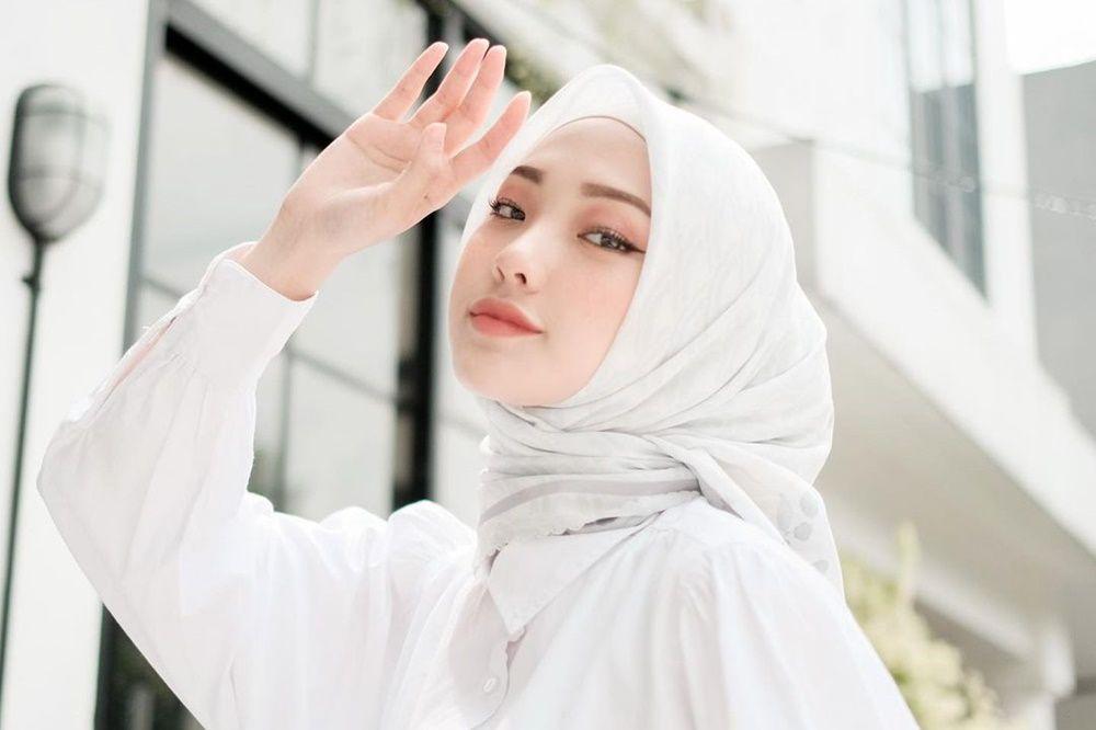 5 Perempuan yang Pernah Dikabarkan Dekat dengan Syakir Daulay