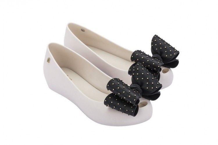 #PopbelaOOTD: Anti Capek, Flat Shoes Ini Juga Buat Gaya Makin Manis