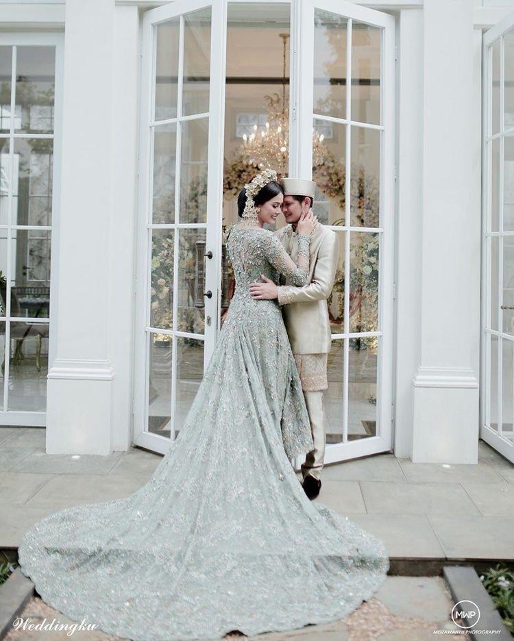 Deretan Alumni Puteri Indonesia yang Miliki Kebaya Pernikahan Menawan