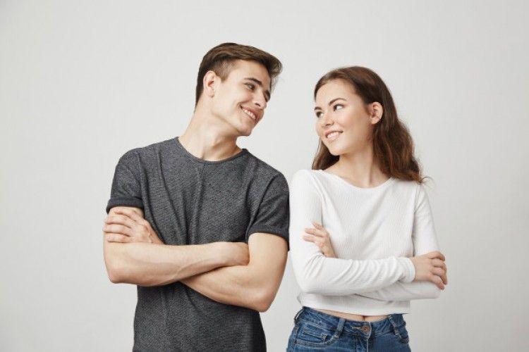 Jatuh Cinta vs Mencintai? Ini Perbedaan yang Harus Kamu Tahu!