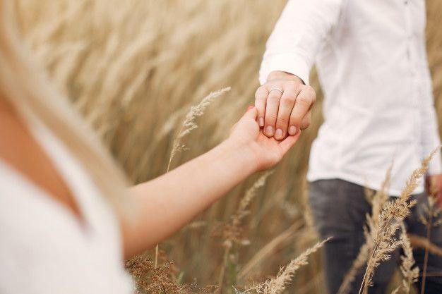 9 Mitos Soal Hubungan Asmara yang Masih Dipercaya
