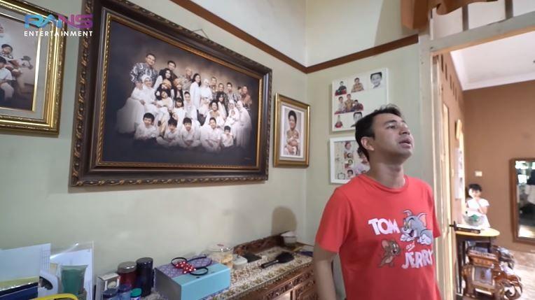 10 Penampakan Rumah Masa Kecil Raffi Ahmad, Banyak Kenangan!
