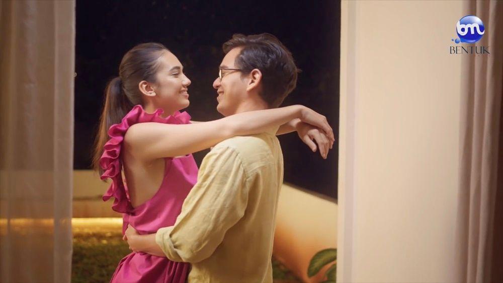 10 Potret Mesra Haico Van der Veken & Rangga Azof Bintangi Video Klip