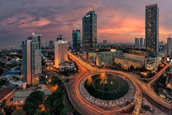 Daftar 29 Daerah di Indonesia yang Berstatus Zona Merah COVID-19
