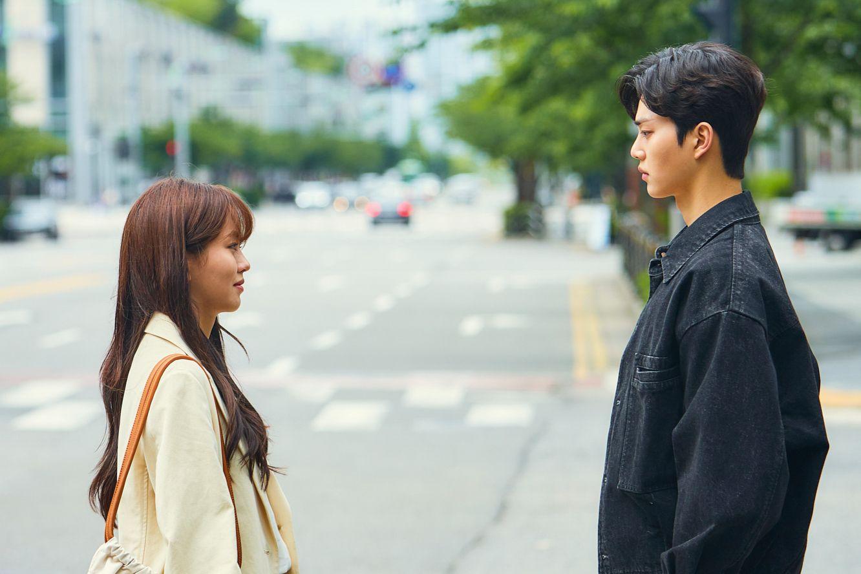 Paling Direkomendasikan, Ini 15 Drama Korea Komedi Romantis Terbaik