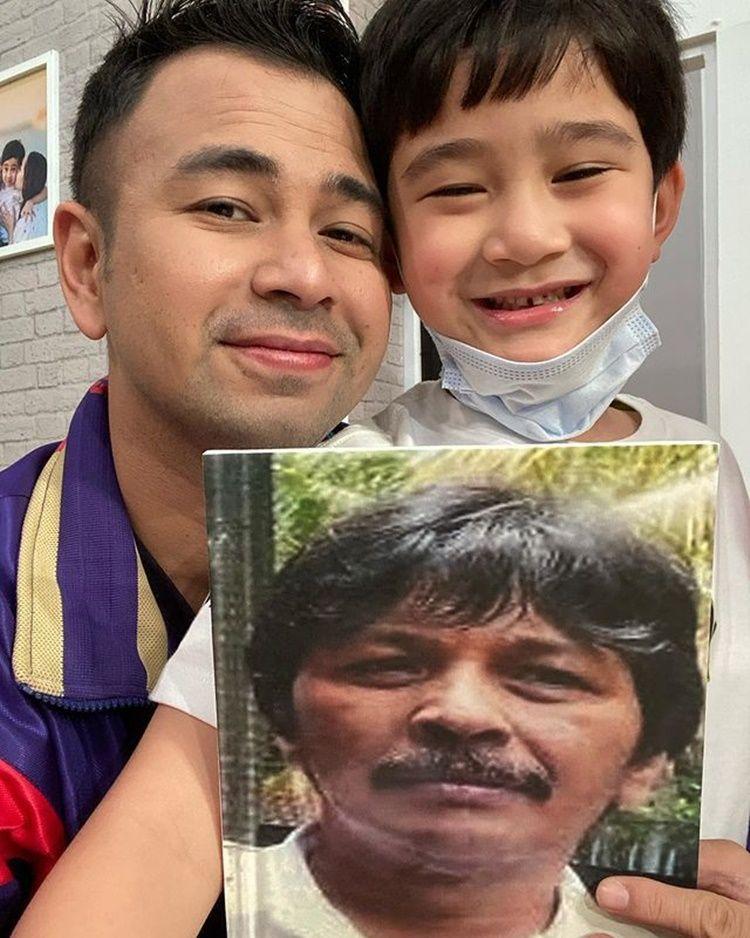 Sedih, 10 Aktor Ini Ditinggal Sang Ayah untuk Selamanya di Usia Muda