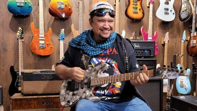 Terpapar COVID-19, Aria Baron Ex Gitaris Band GIGI Meninggal Dunia