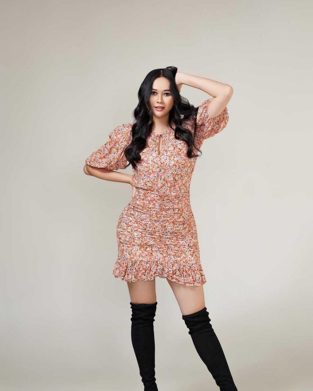 9 Penyanyi Indonesia Ini Menikah dengan Pria Bule, Ada yang Cerai!