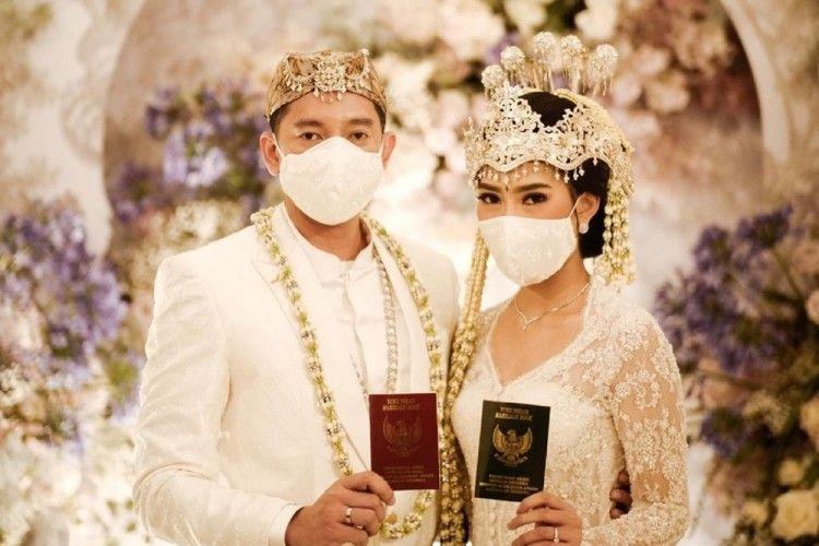 10 Foto Pernikahan Alika Islamadina & Raja Siregar, Bak Negeri Dongeng