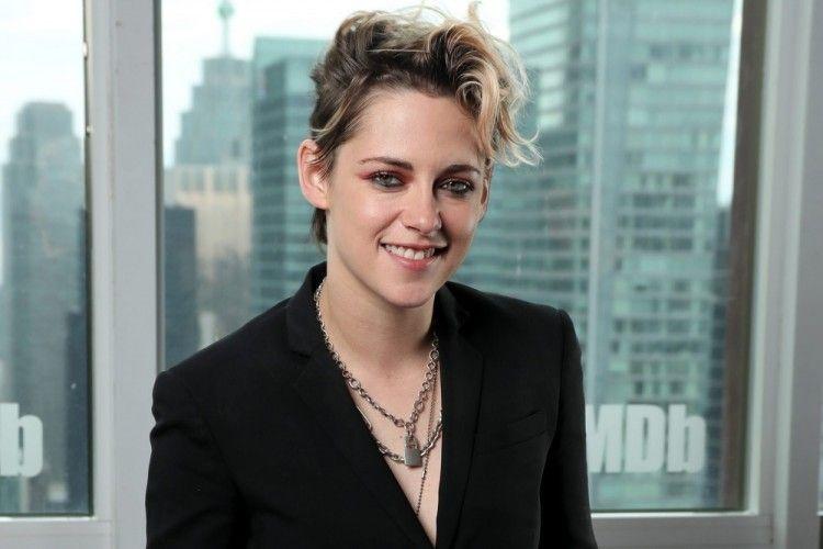 10 Aktris Hollywood Lesbian yang Perankan Karakter Straight di Film