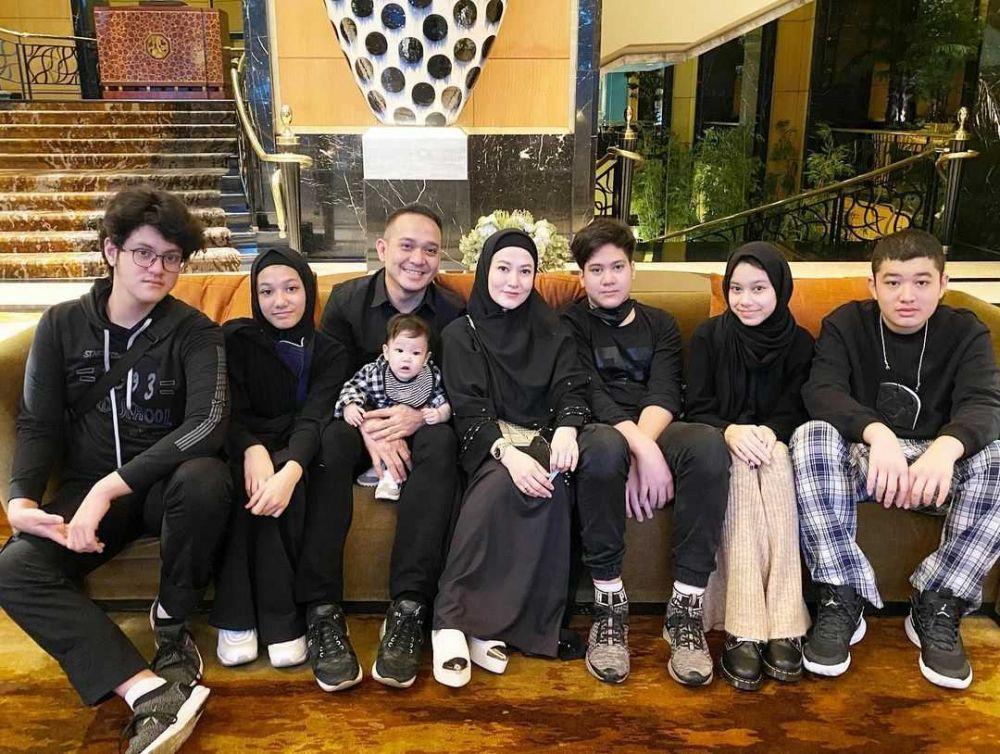 Pernah Cerai, 9 Artis Pria Ini Punya Banyak Anak dari Istri Berbeda
