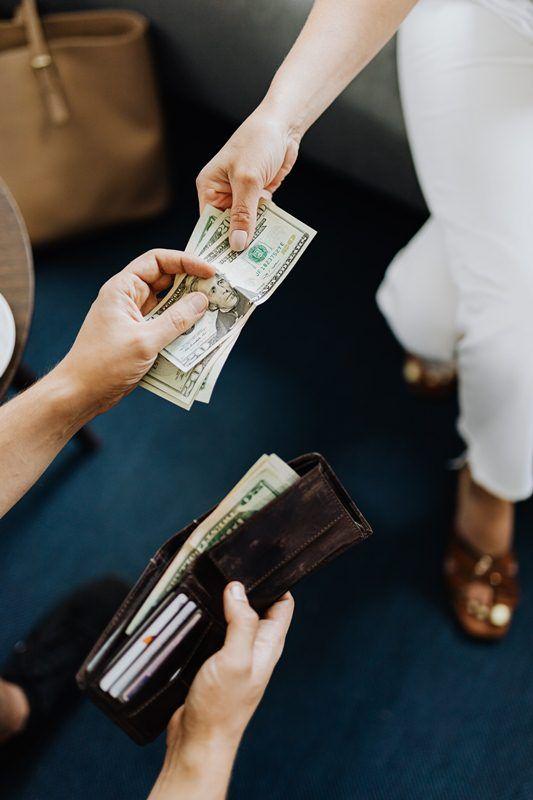 7 Arti Mimpi Mendapat Uang Menurut Islam