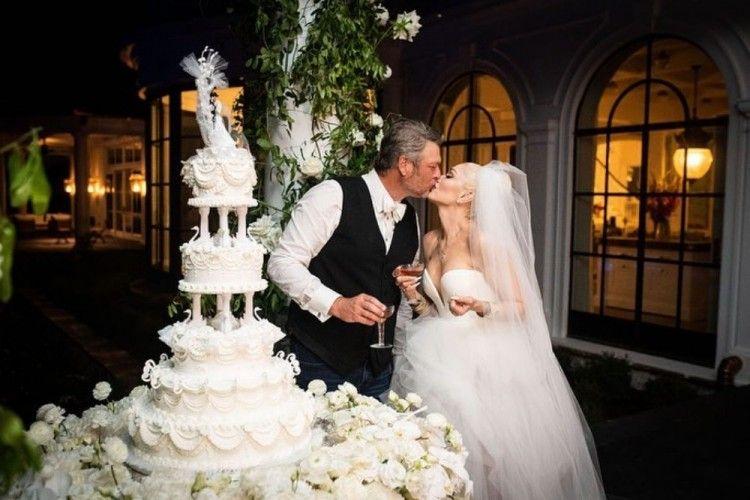 Sudah Resmi! Ini 7 Potret Pernikahan Gwen Stefani & Blake Shelton