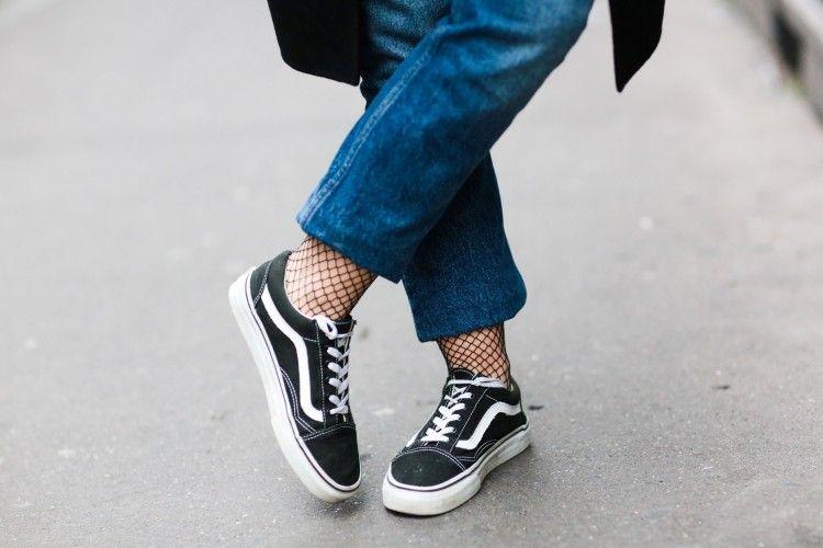 Deretan Sepatu Vans Terpopuler dan Tips Padu-padannya