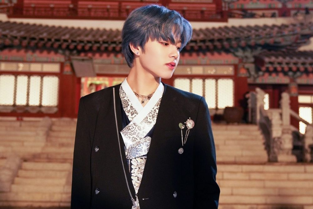 Potret Idol Kpop Cowok yang Lahir Tahun 2004, Visualnya Juara!