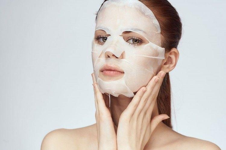 7 Rekomendasi Sheet Mask yang Mengandung Vitamin C, Bikin Kulit Cerah!