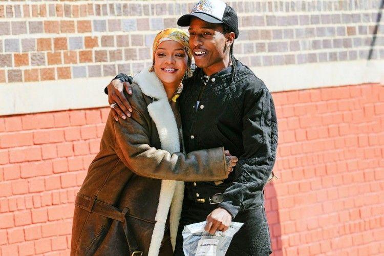 Go Public, Ini 6 Potret Mesra Rihanna dan A$AP Rocky di Depan Umum