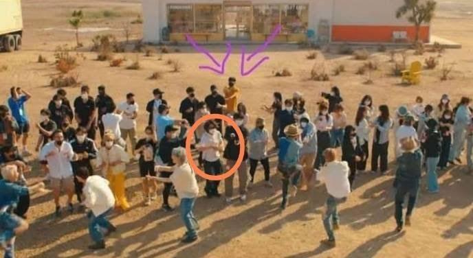 """Siapa Saja Sosok yang Ada di MV """"Permission To Dance"""" BTS? Ini Mereka!"""