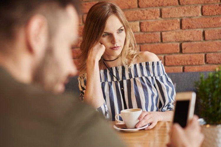 5 Cara Terbaik Mengontrol Emosi Saat Terjadi Konflik Rumah Tangga