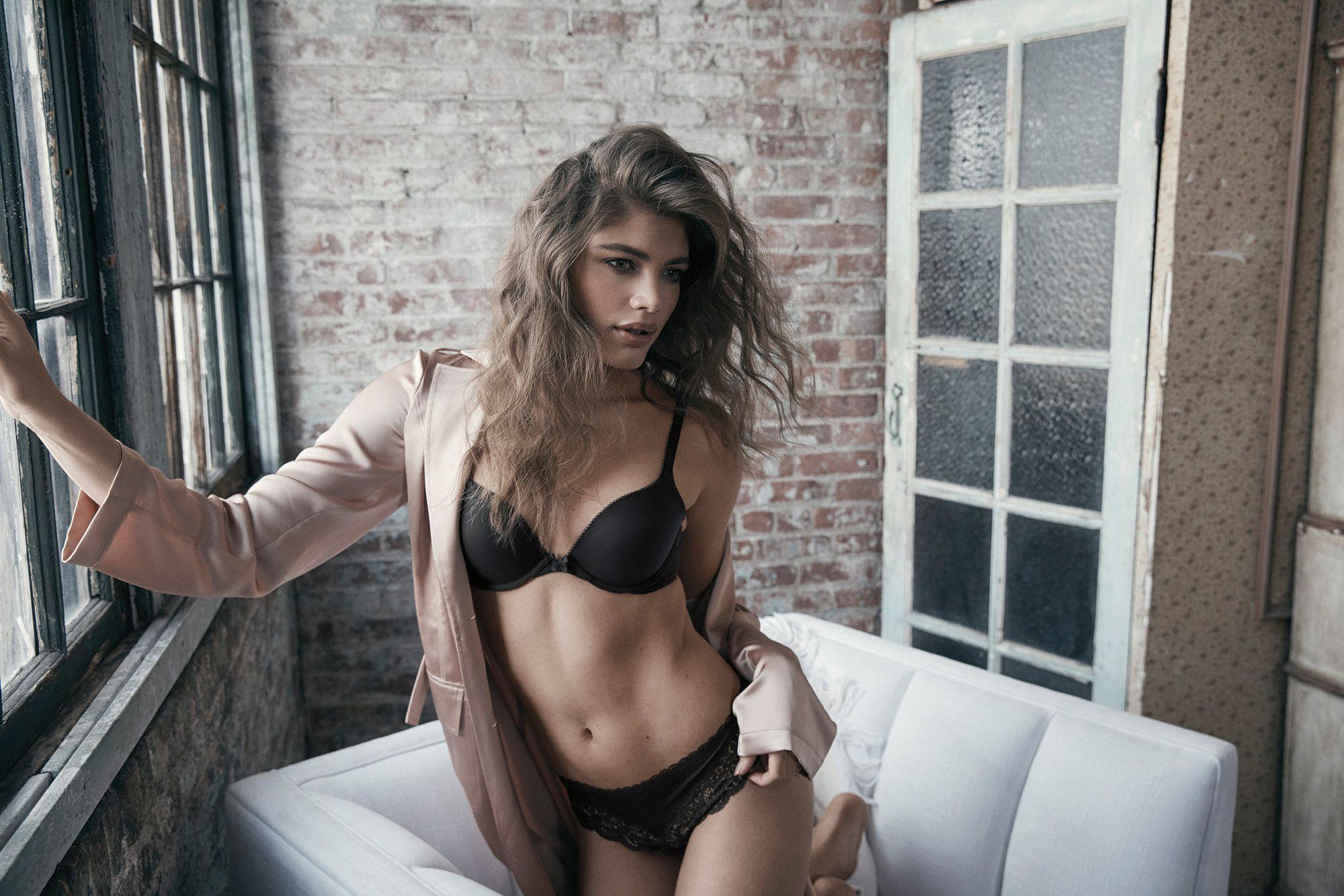 Ini Profil 7 Perempuan Pilihan Victoria's Secret untuk Rebranding