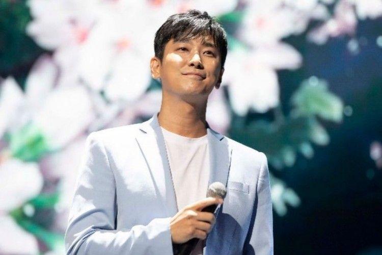 Terpapar di Film 'Hunt', Aktor Joo Ji Hoon Dinyatakan Negatif COVID-19