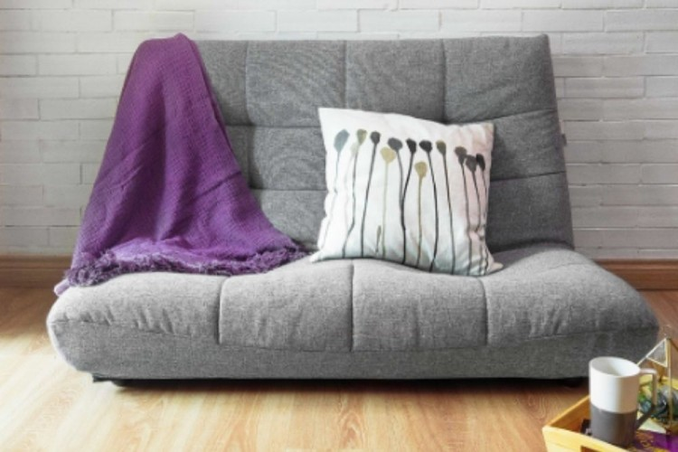 8 Rekomendasi Merek Kursi Santai yang Cocok untuk WFH atau SFH
