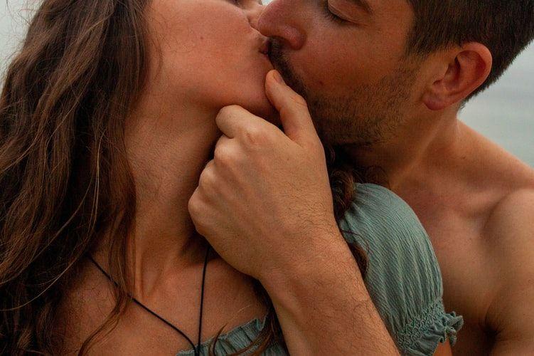 Ini 6 Alasan Laki-Laki Suka Fingering Ke Pasangannya