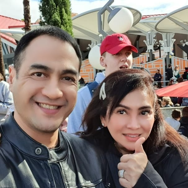 Digugat Cerai Saat Sakit, 9 Potret Kisah Ferry Irawan & Anggia Novita