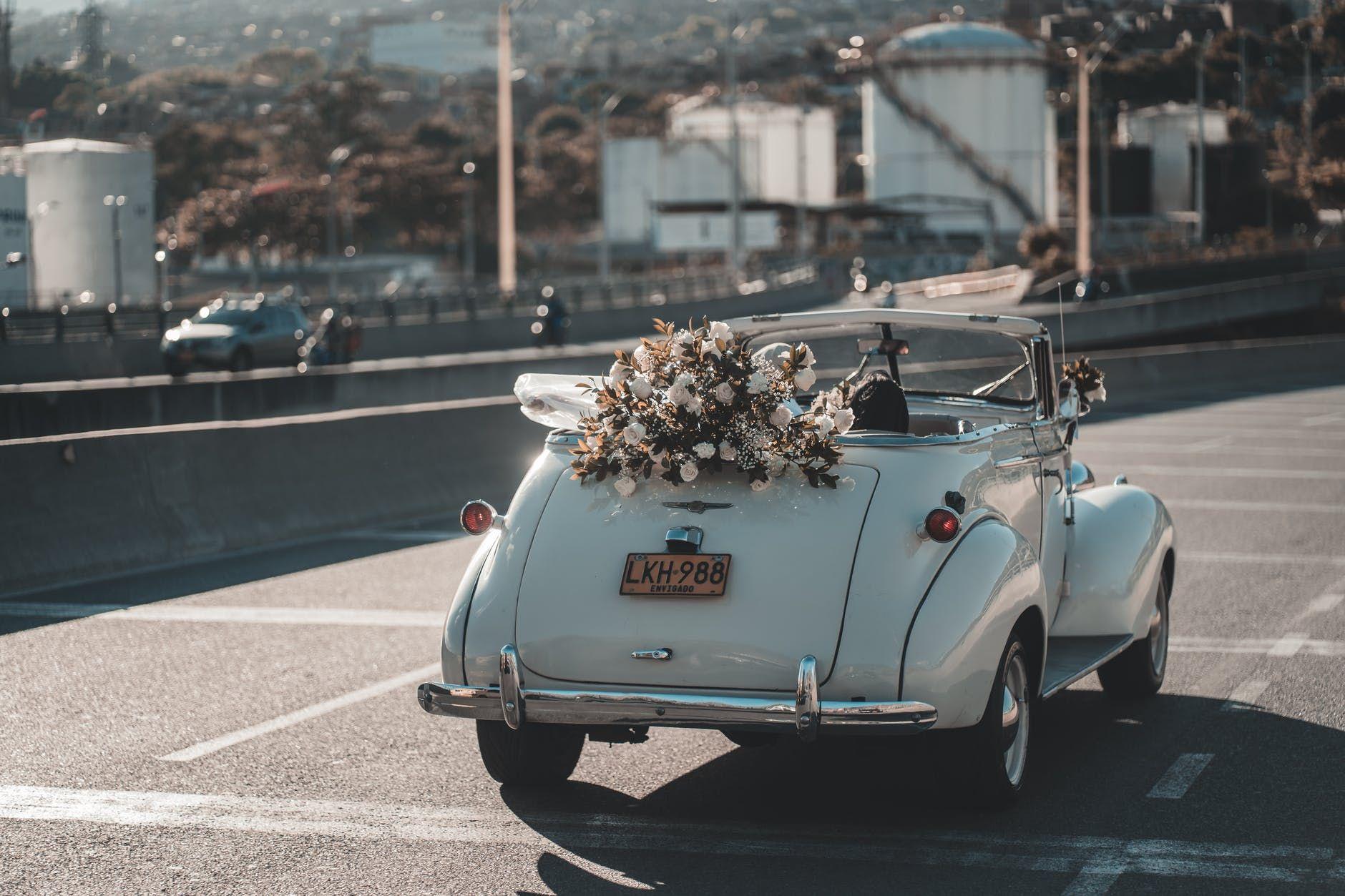 5 Sikap yang Sebaiknya Kamu Lakukan Saat Ditinggal Menikah