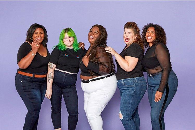 Rekomendasi Warna Denim yang Cocok untuk Perempuan Berbadan Plus Size