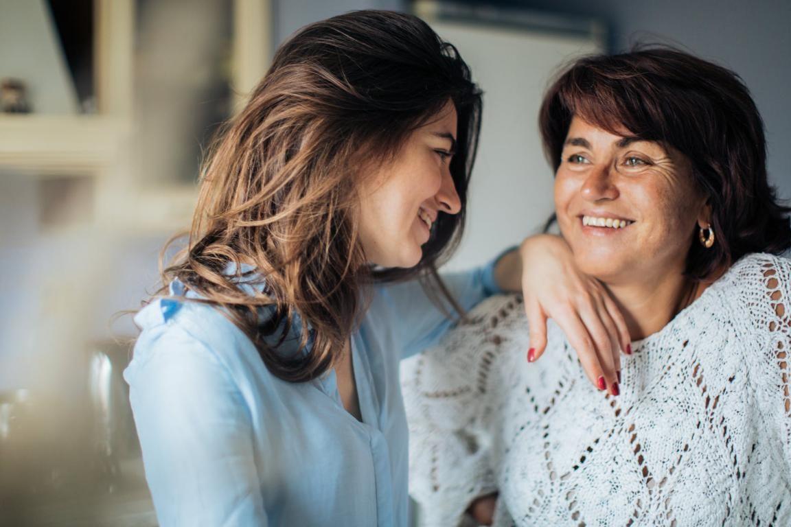 30 Ayat Alkitab Agar Keluarga Saling Mengasihi dan Diberkati