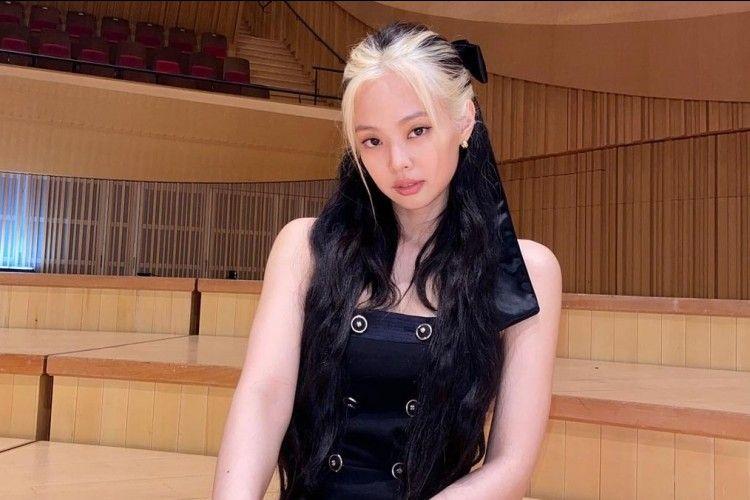 Deretan Trend Berpakaian yang Dipopulerkan Jennie BLACKPINK