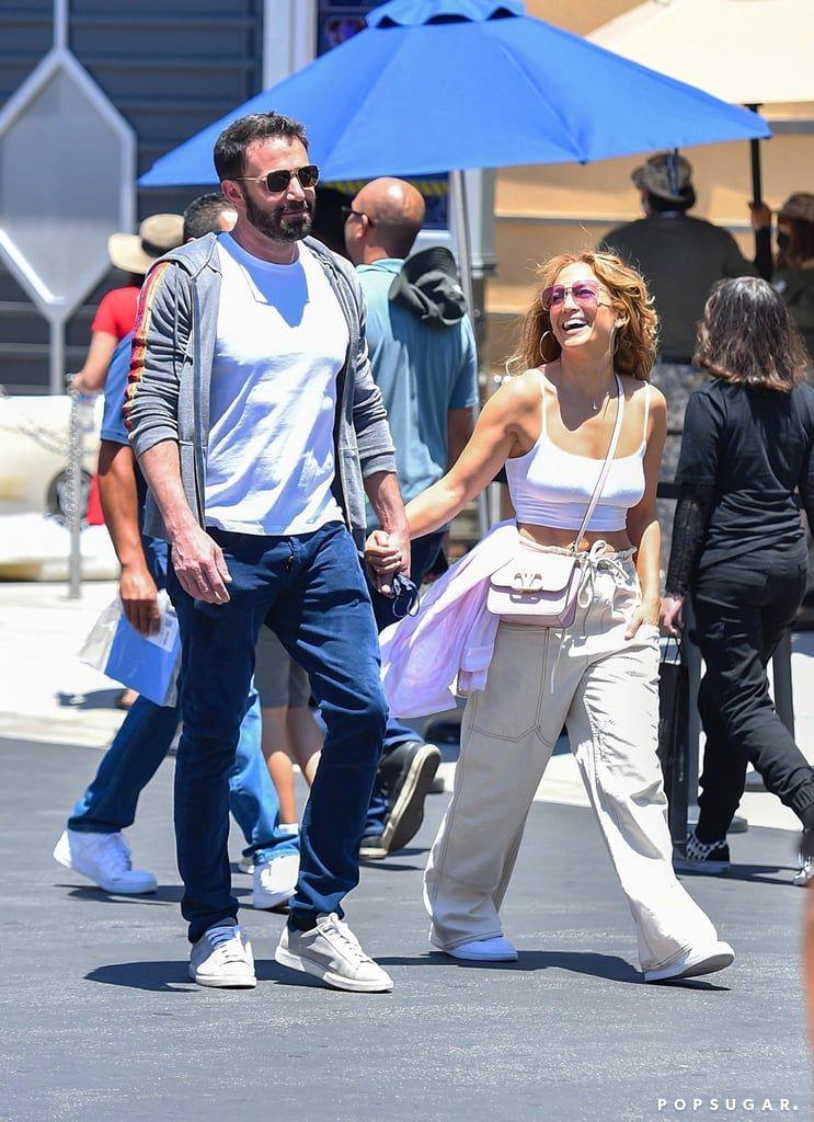Resmi Jadian, Jennifer Lopez Makin Berani 'Vulgar' dengan Ben Affleck